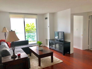 Spacious 1 bed condo w/ parking and locker at Yonge and Eg