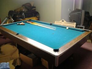 NATIONAL SLATE POOL TABLE