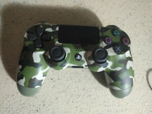 Green Camouflage Controller