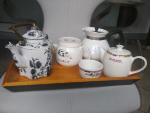 Selling Tea Pots new or in excellent condition