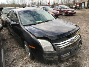 2007 Ford Fusion ** FOR PARTS ** INSIDE & OUTSIDE***