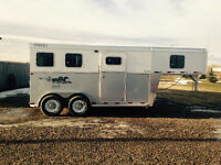 2015 Two horse trailer