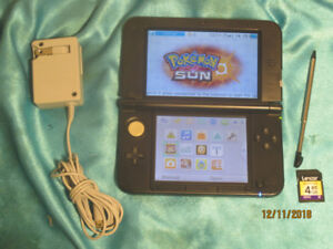SOLD 3DS XL in Black Complete Stylus AC Charger & 4 GB SD Card