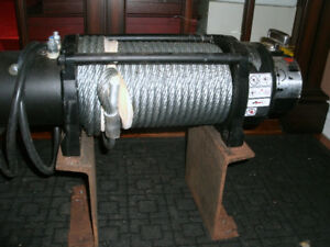 WARN WINCH 12,000 lb.Brand New .Never Used