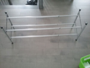Support a chaussures extensible