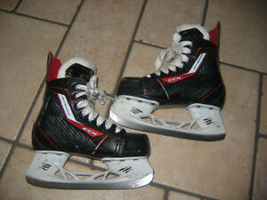 PATINS CCM JETSPEED JUNIOR