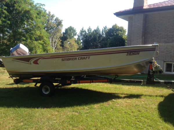Used 2001 Smoker Craft Inc Voyager