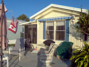 DESIRABLE Fort Myers Beach & Pet Friendly !!