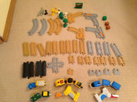 Geotrax mixed lots-extra track/2 remote trains/trains
