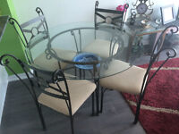 GREAT OFFER: Dining table and 4 chairs for sale!!