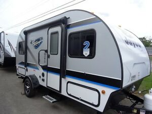 2017 HUMMINGBIRD 17FD Travel Trailer