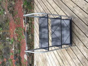 Shelf - Metal frame, wood shelves