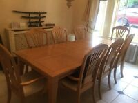 Solid wood 8 seater dinning table