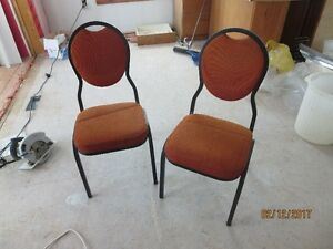 Set of 8 padded chairs