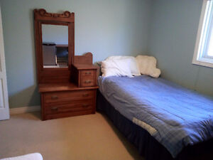 Quiet, clean and cozy near UW, move in now!