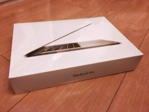 15 inch Macbook Pro Retina TouchBar-AdobeCs6-FinalCut-AppleCare