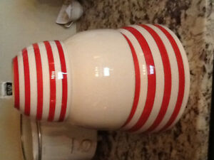 Nice heavy set of red and white mixing bowls