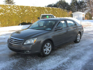 2005 Toyota Avalon xls,CUIR,TOIT,IMPECABLE,VISA,MASTER