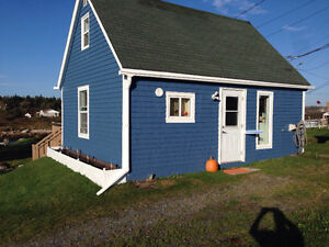 Cute and Cozy house in Terence Bay, NS