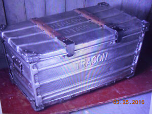 vintage aluminium tracon box Kitchener / Waterloo Kitchener Area image 1