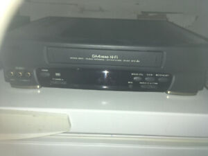 Lecteur VHS Sanyo