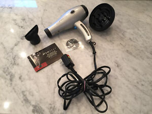 FHI Heat Professional Blow Dryer