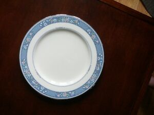 "Noritake ""Randolph"" Fine China Set Peterborough Peterborough Area image 2"