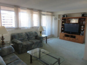 Downtown Queen Elizabeth Towers Furnished 1 Bedroom Plus Office