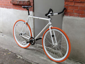 ALMOST NEW FIXIE / 50% OFF