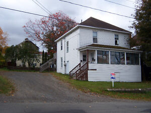 Large one bedroom apartment, available Feb 1 in Campbellton.
