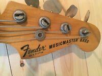 Vintage 1977 fender Musicmaster bass