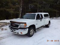 2003 GMC Sierra 3500 Pickup Truck
