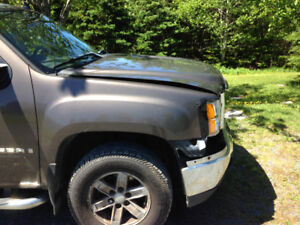 Parting out 2007 GMC Sierra 4x4