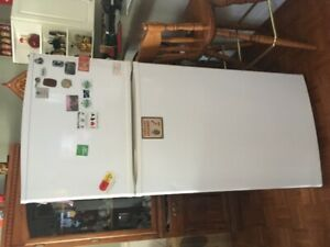 Fridge - CHEAP!! $75