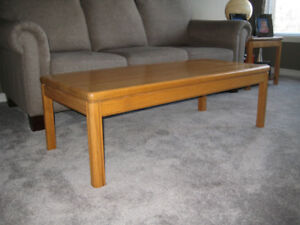Solid Oak Coffe Table with Two End Tables