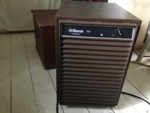 NEVER USED & NEARLY NEW :HOME Dehumidifier