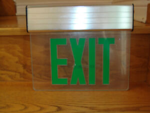 NEW UL LISTED 5 WATT LED EMERGENCY EXIT SIGN