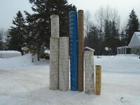 Lot de tubes en carton pour remplir de beton.