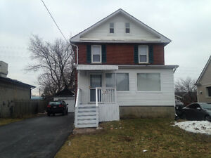 Spacious Recenty Renovated 3 Bedroom