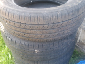 Set Michelin Latitude tour tires