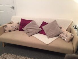 Sofa bed cream reduced to £50 for quick uplift