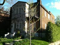 Recherche 2 personnes fiables pour louer ma maison (12 mois)