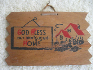 "OLD VINTAGE POST CARD COLLECTOR'S ""FIND""...WOODEN POST CARD"