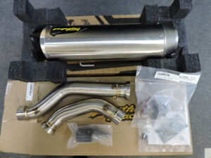 Two Brothers Exhaust System Can Am Spyder F3