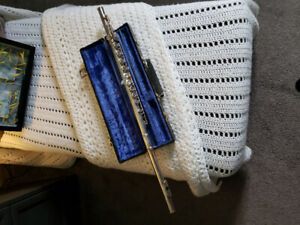 Flute in mint condition 200