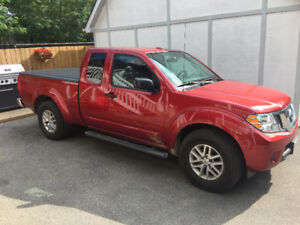 2016 Nissan Frontier SV - awesome lease rate + $3,000 in extras!