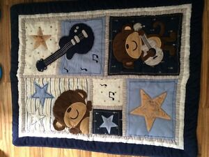 Carter's Monkey Rockstar Crib Set / Ensemble de Literie