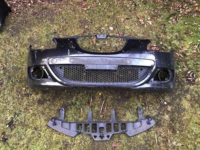 Seat Leon Front Bumper Black