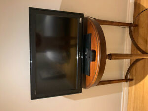 36 inch Sony TV.  Works. No remote control.  $50