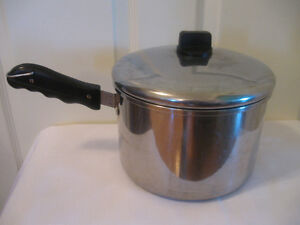LARGE VINTAGE 4-QUART CORONET STAINLESS STEEL COOKING POT &COVER